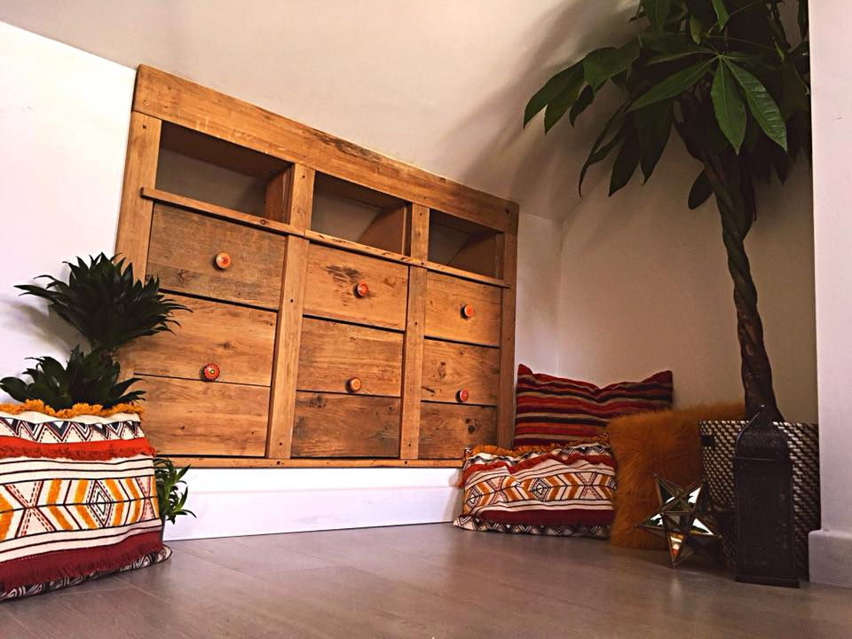 Reborn & Recycle PalletsFor Sale Reconditioned Pallets & Bespoke Furniture